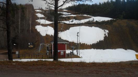 I Ånnaboda var det lite snö i backen...